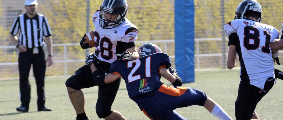 Coyotes-Royal Oaks Knights y Cobras-Black Demons, semifinales de la LNFA Junior